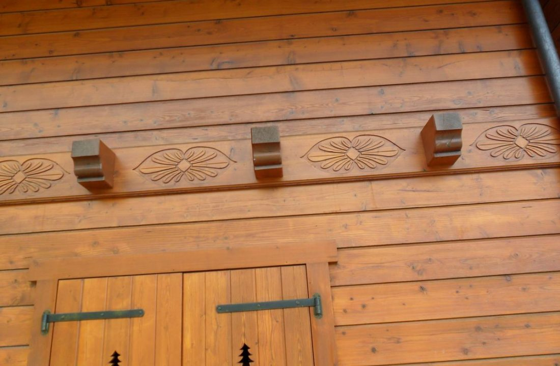 wood-carving11